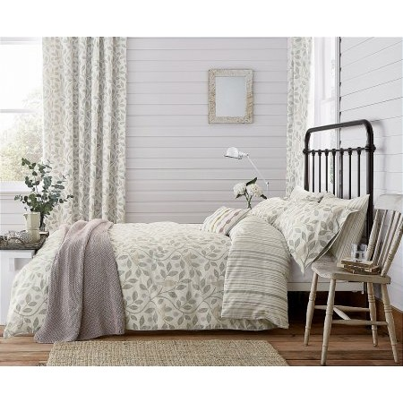 Sanderson - Home Damson Tree Bedding In Dove