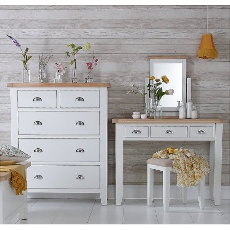 Kettle Interiors - TT Bedroom White
