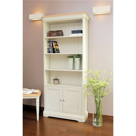Stag - Cromwell Bookcase with 2 Doors